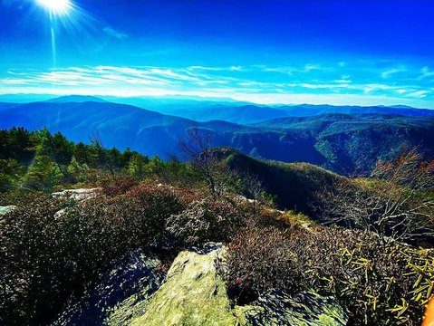This picture perfectly shows why these mountains are called the Blue Ridge!  Thanks so much for posting this beautiful picture anna.nicole.89  #linvillegorge #tablerock #burkeout