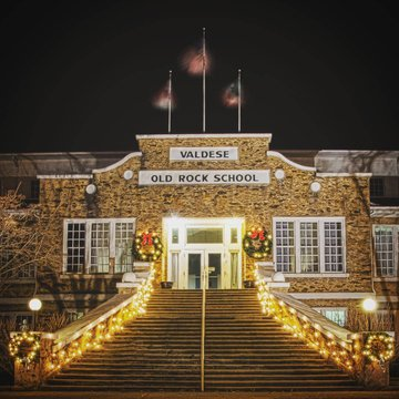 November is upon us and so is the holiday spirit! This weekend is the annual Christmas in November Craft and Gift Show at the Old Rock School in Valdese. This popular local holiday kick off is running the 8th and the 9th and will feature over 50 Crafters
