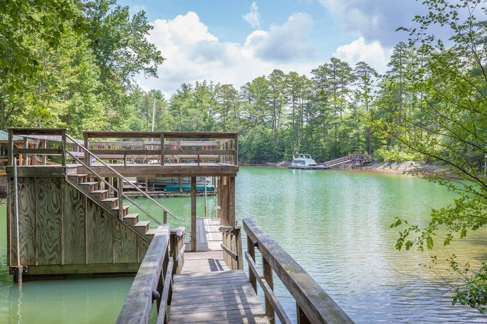 Vacation Rental- Lake James Waterfront Vacation Rental- Nice and Quiet Featured Image