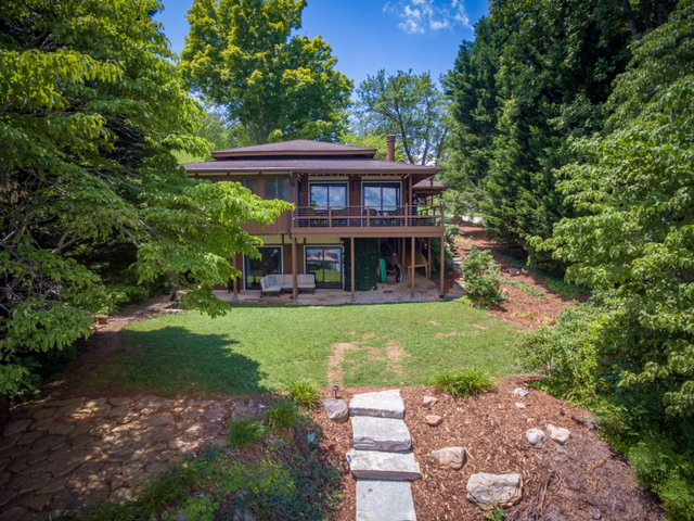 Vacation Rental- Pagoda on Lake James Featured Image