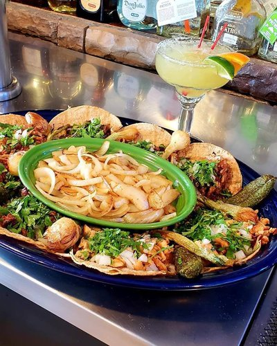 Los Compadres Mexican Restaurant Featured Image