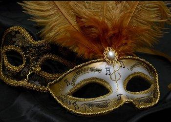Masquerae COMMA.jpg