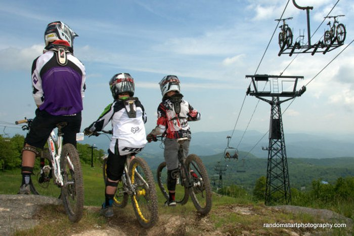 Beech Mountain Ski Slope - Mountain Bike Park & Disc Golf Featured Image