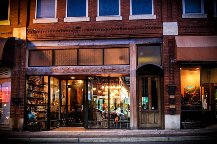 Root & Vine Restaurant - Farm to Table with wood fired grill & pizza oven. Featured Image