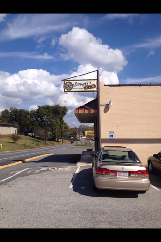 Doogie's Pizza & Subs Featured Image