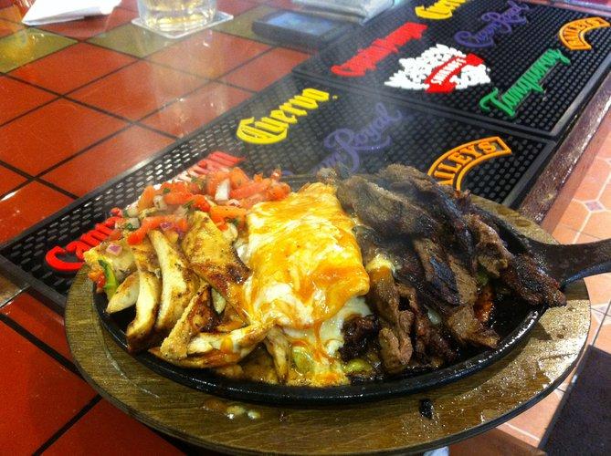 Las Salsa's Tex Mex Featured Image